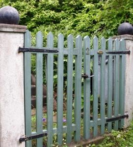 gate-1505576